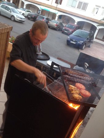 Restaurante La Hacienda : Alles op de BBQ