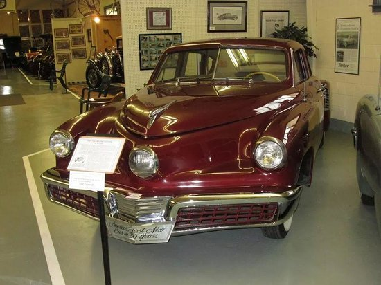 Huntingdon, Pensilvania: 1947 Tin Goose Tucker Automobile