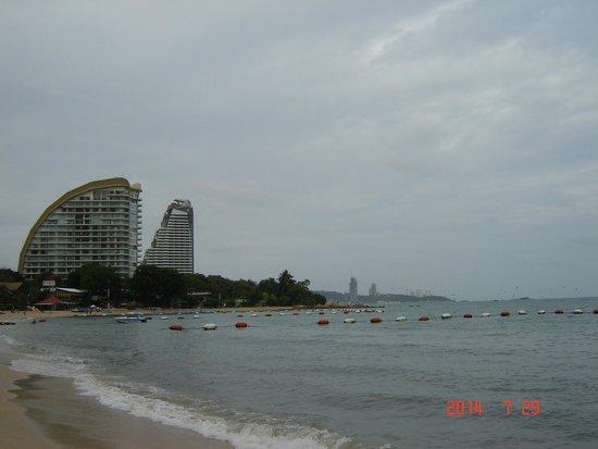 Prima Villa Hotel: пляж и море