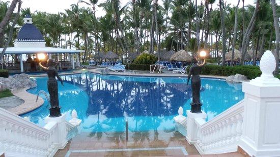 ClubHotel Riu Bambu : Het ruime zwembad