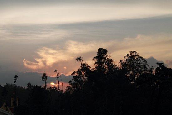 Club Mahindra Derby Green : As the sun sets