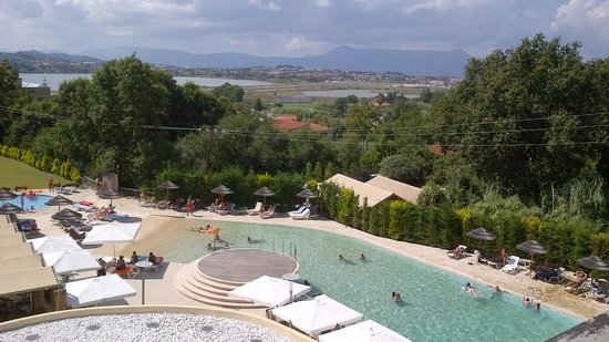 Ariti Grand Hotel: Hotel view.