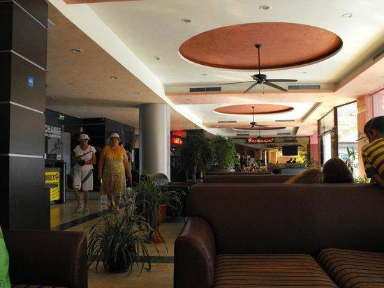 Hotel Flamingo: Lobby