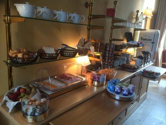 Hotel Saint-Laurent : Le petit déjeuner de l'hōtel Saint-Laurent