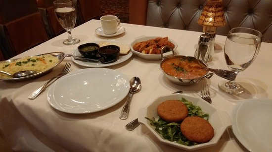 Royal India Bistro: Our awesome meal