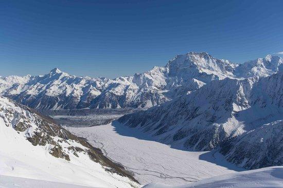 Tekapo Helicopters -  Tours : Southern Alps, Mt. Cook et al.