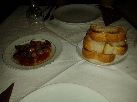 Orient Restaurant: Pomodori grigliati e olive