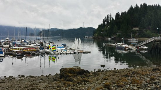 Arms Reach Bistro: Deep Cove under clouds