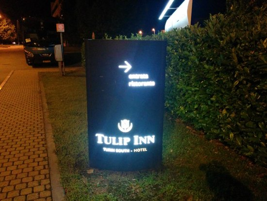 Tulip Inn Turin South: Insegna