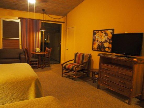 Yosemite Valley Lodge : room