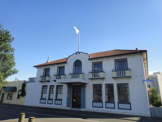 Original Crown Hotel Picture Of The Crown Hotel Napier Tripadvisor