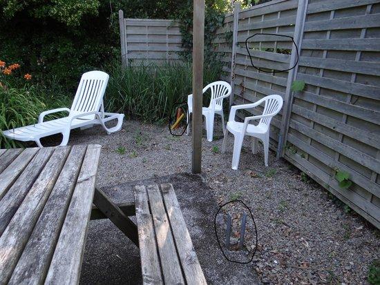 Le Logis de Mousterlin : terrasse dangereuse pour enfants
