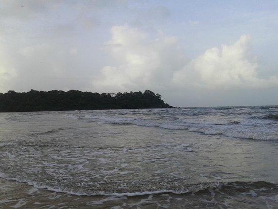 The LaLiT Golf & Spa Resort Goa: Rajbaga beach, hotel's private beach