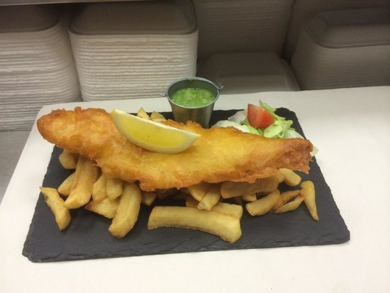 Quinn's Fish Cafe: Fish and Chips