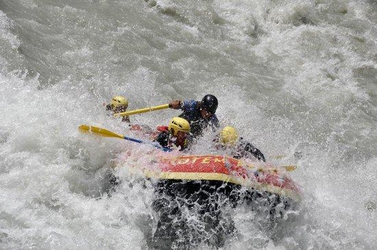 Totem Adventure: Rafting