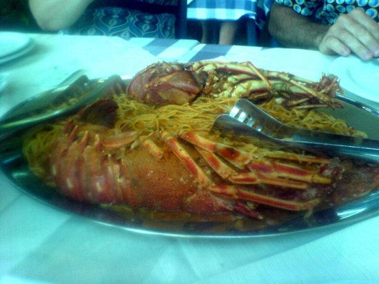 To Palio Bostani : Lobster Spaghetti - yummy!