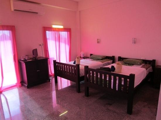 Baan Georges Hotel : Baan Georges, the pink room