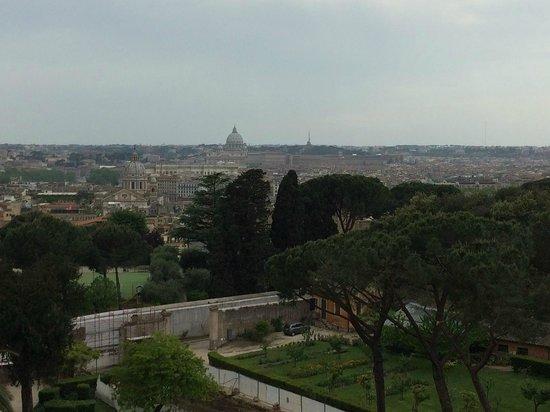 Sofitel Rome Villa Borghese: View from bar