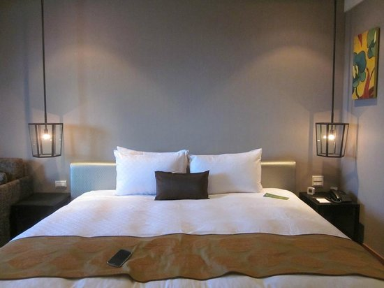 Pacific Business Hotel: Comfortable bed