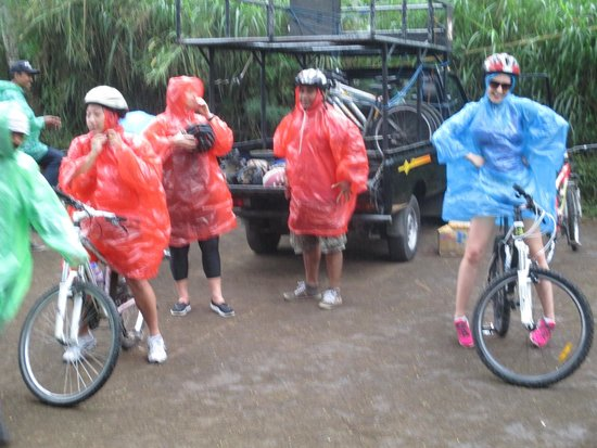 Goddess Retreats: Bliss day!! you get to choose an activity and we chose cycling :)