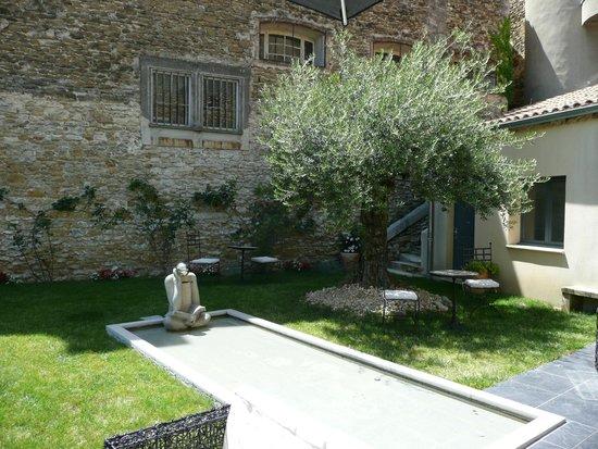 Hôtel Sévigné : Jardin
