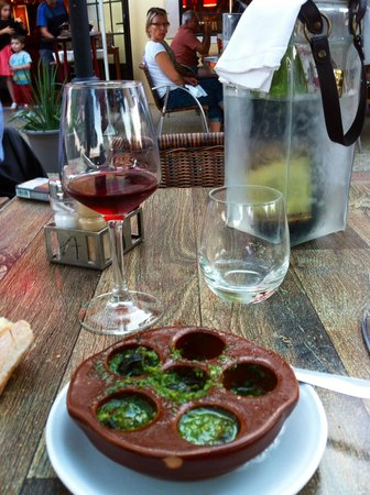 Le Relais d'Alsace : la cassollette de 6 escargots