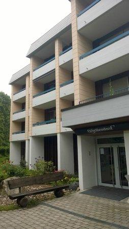 Hotel Quellenhof: Hotel von außen