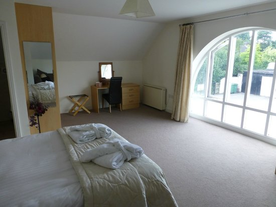 Whitton Lodge: View of room
