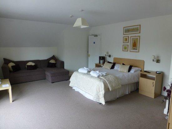 Whitton Lodge: Room 1