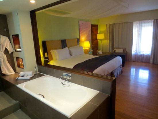 Sofitel Mauritius L'Imperial Resort & Spa : Chambre avec vue mer
