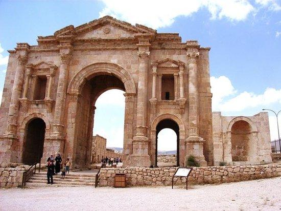 Ruinen von Gerasa: Porta di Adriano