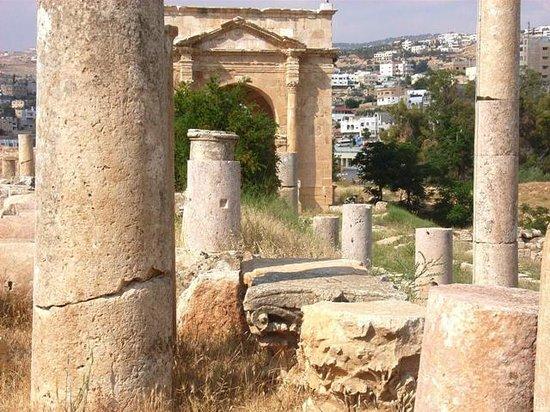 Ruinas de Jerash: Porta nord