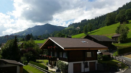 Hotel Spitzhorn: La vue depuis notre terrasse