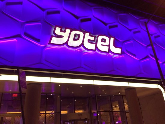YOTEL New York at Times Square West : Entrée