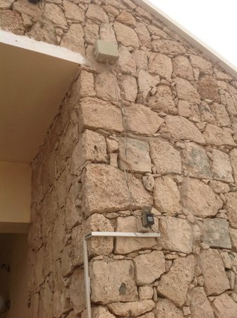 Crioula Club Hotel & Resort: Electricité