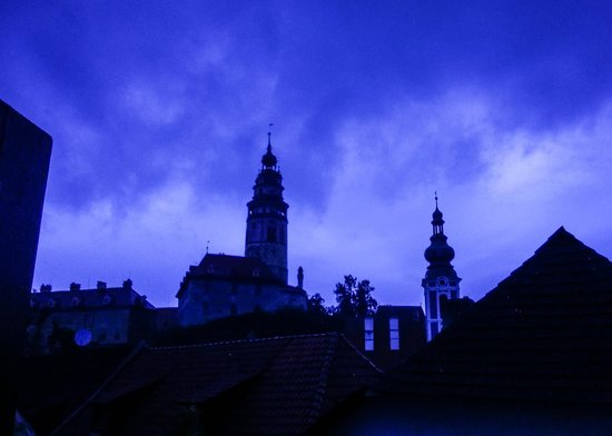 Historic Center of Cesky Krumlov : the weather Gods are unhappy
