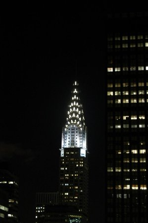 Waldorf Astoria New York: Night time view from our room.