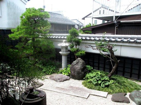 Maisakashuku Wakihonjin