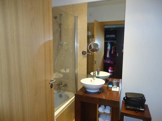 Água Hotels Mondim de Basto: Casa de banho