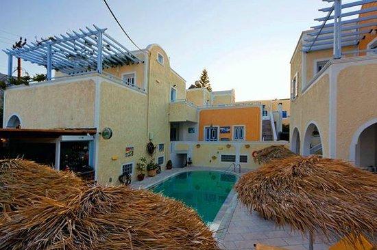Sellada Apartments Hotel: πανοραμα