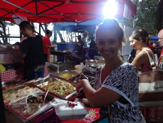 Le Meridien Fisherman's Cove : выездные национальные кухни)) Вкусно)