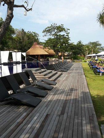 Vana Belle, A Luxury Collection Resort, Koh Samui: beach front