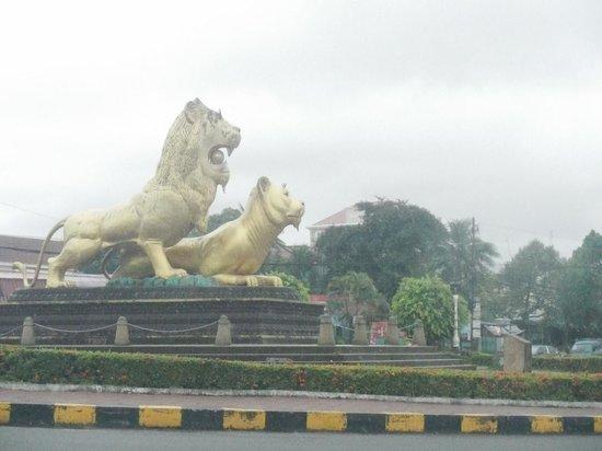 Golden Lion : ゴールデンライオン