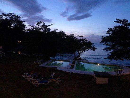 The Resort at Wilks Bay: Sunset from villa balcony