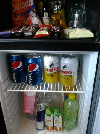 Exe Hotel Colón: frigobar