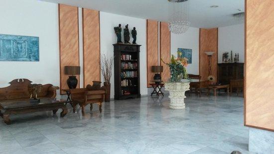 Marola Portosin: Hotel Reception