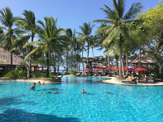 The Laguna, a Luxury Collection Resort & Spa : The main pool