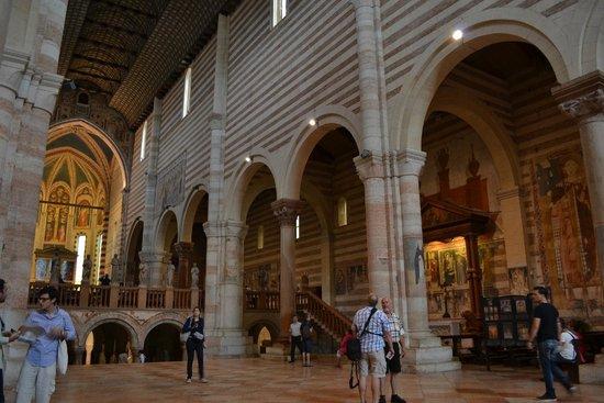 Basilica di San Zeno Maggiore: Navate 1