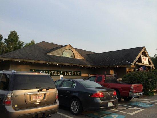 Gordi's Fish & Steak House: Outside