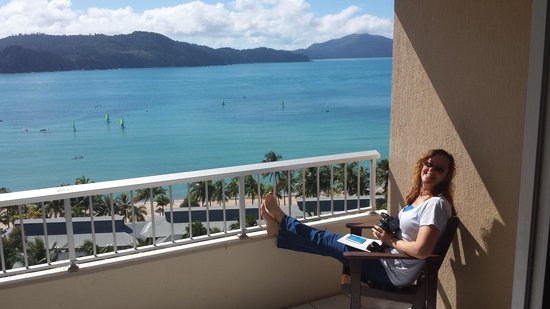 Reef View Hotel: Get the Coral Sea View rooms for a view like this! Ask for above level 6.